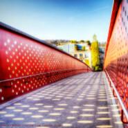Edel, dauerhaft und robust: Lochblech- Blechfassaden